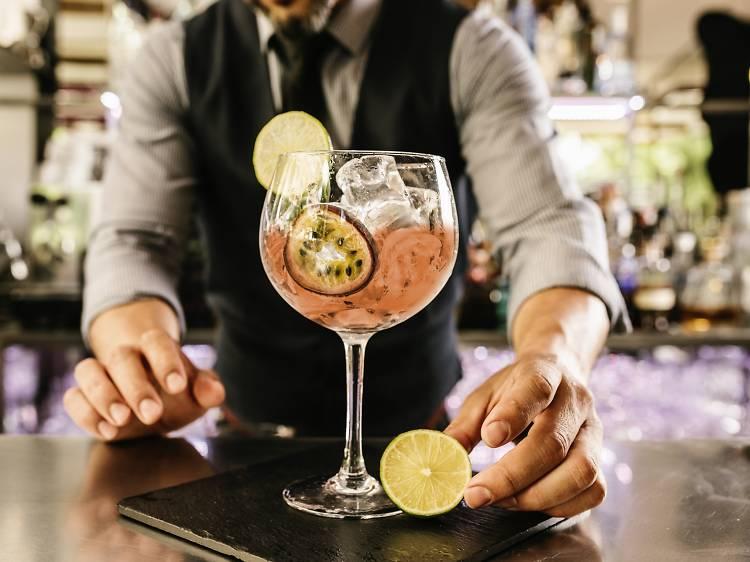 Tel Aviv nightlife: the top cocktail bars in the White City