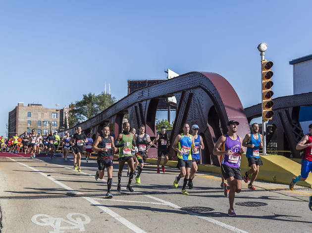 Chicago Marathon 2016 photos from around the route
