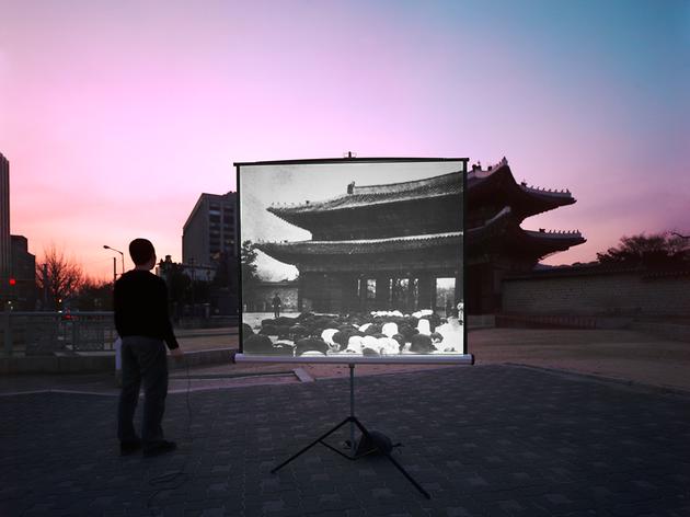 historic present010,160x127(cm), pigment print, 2009