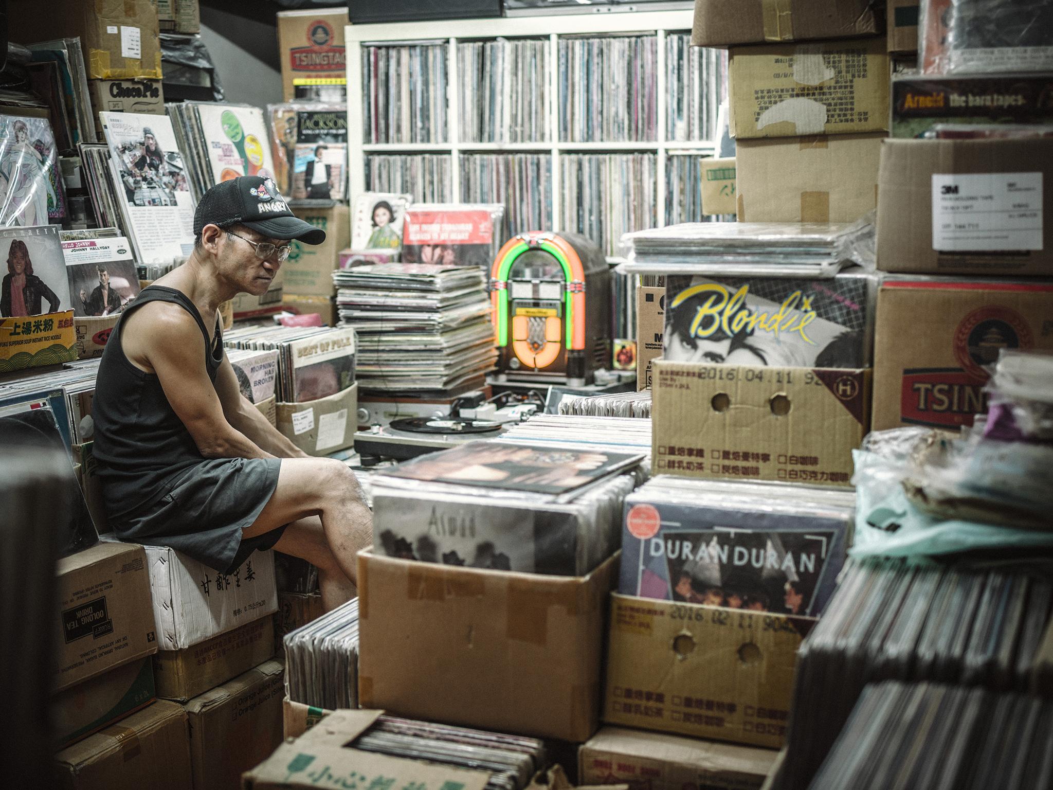 Vinyl Hero