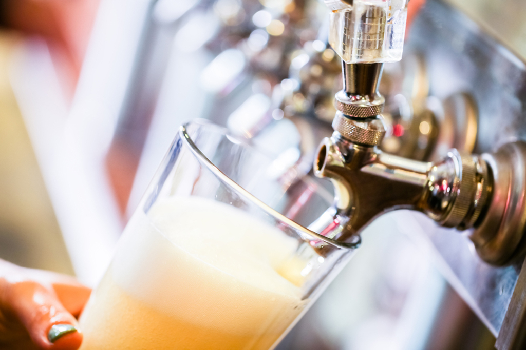 Florida bars are now banned from selling alchohol