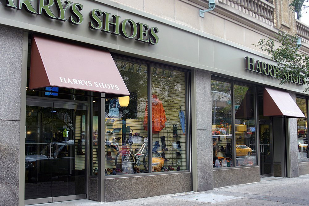 54bc1806 Harry's Shoes | Shopping in Upper West Side, New York