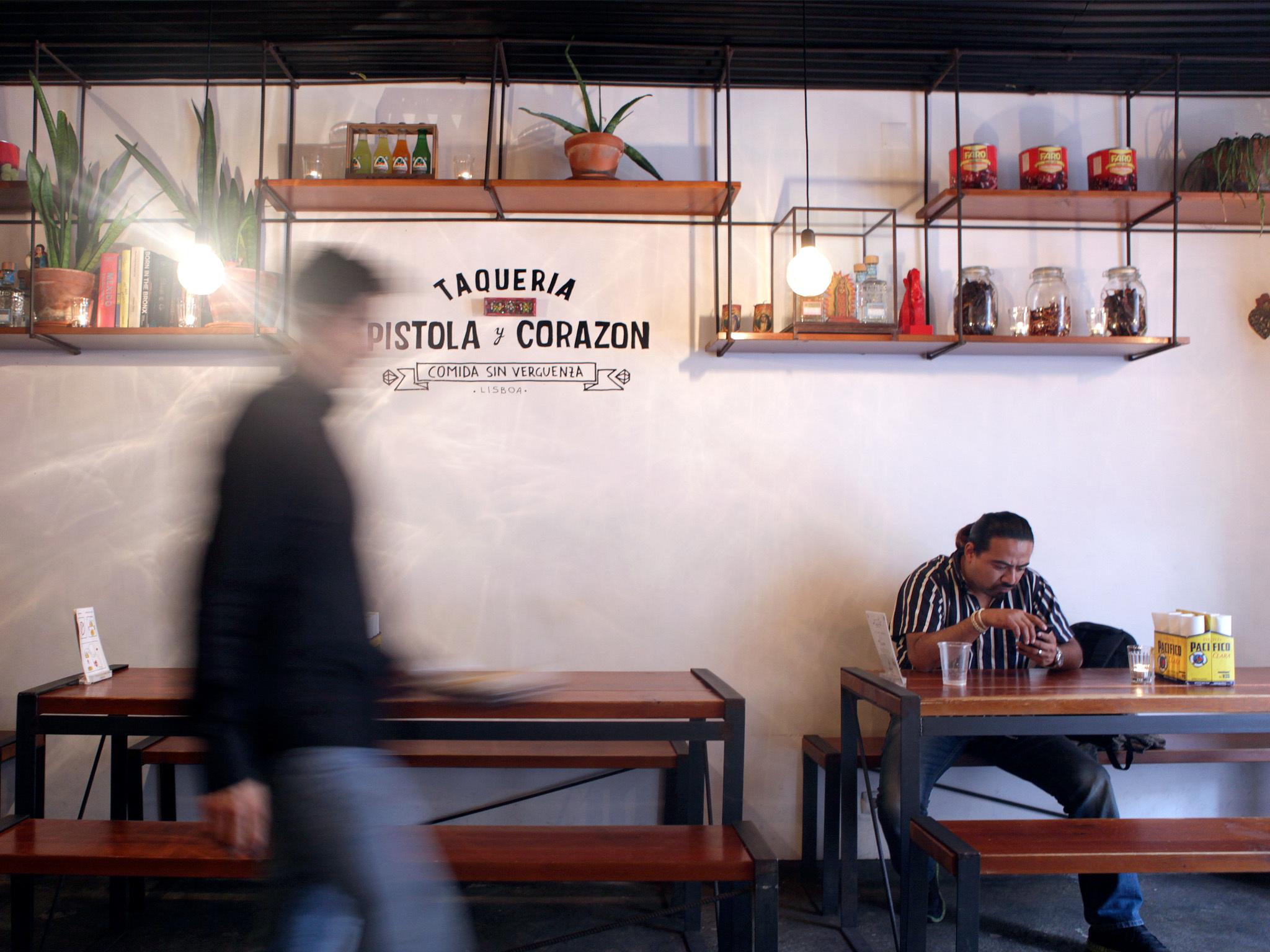 México: Pistola y Corazon