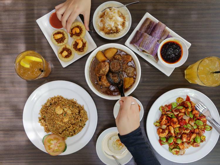 Guide to Nyonya food