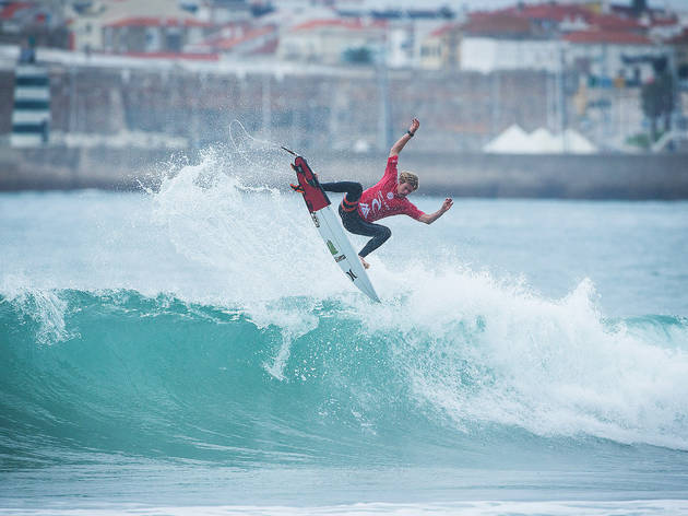 John John Florence of Hawaii (pictured) winning his Round 2 heat at the Moche Ripcurl Pro Portugal in Peniche, Portugal on Saturday October 24, 2015.