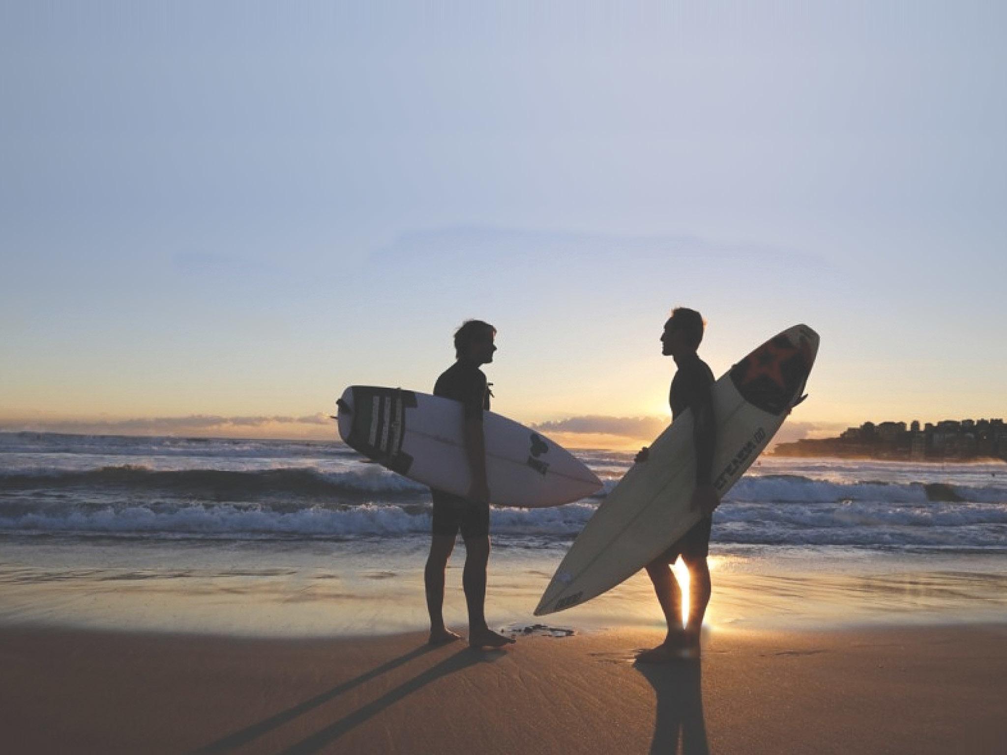 A onda de surfistas gay