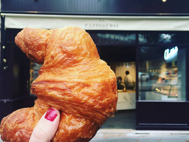 Breakfast on the best croissants in Paris