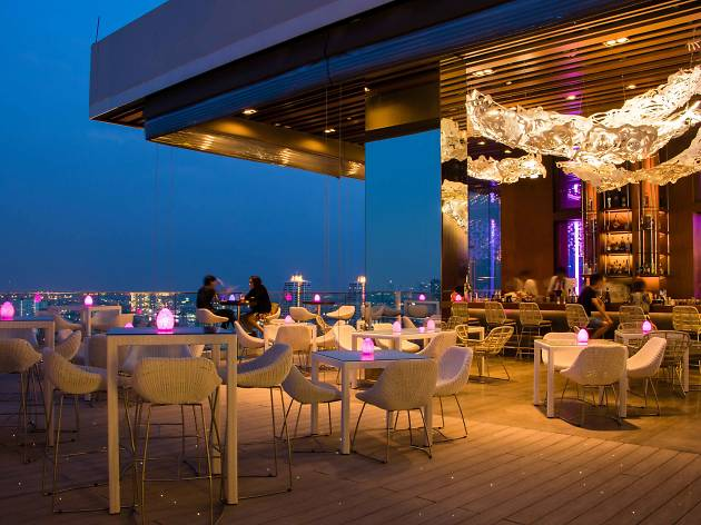 Attitude, Avani Riverside Bangkok Hotel