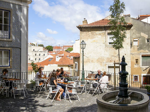 Things to do in Lisbon: it doesn't hurt to ask