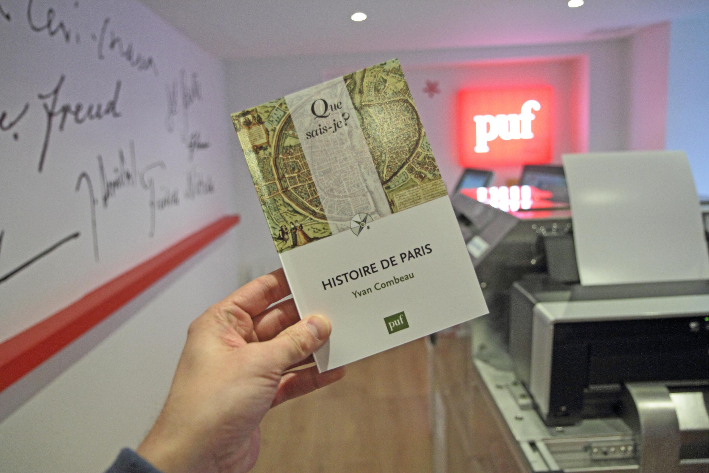 Une librairie PUF imprime les livres à la demande