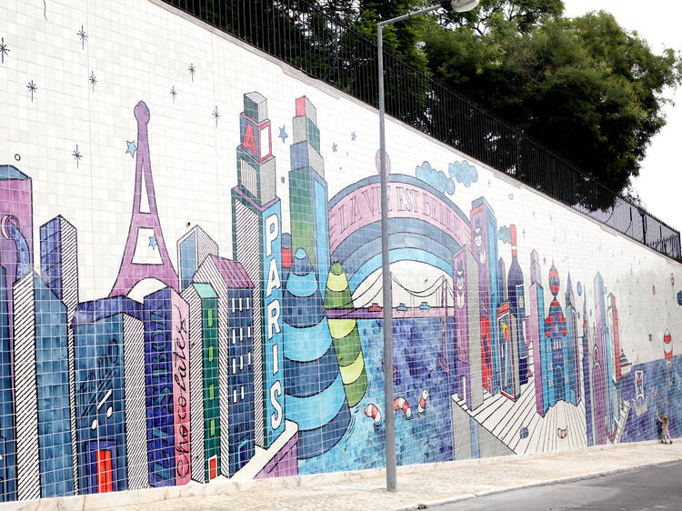 Mural de azulejos de André Saraiva