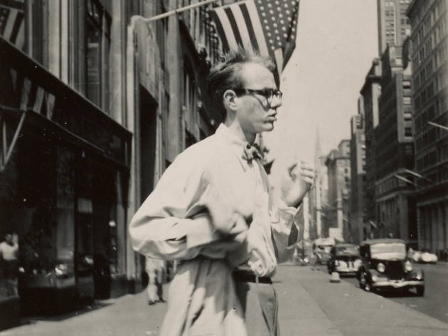 Adman Warhol Before Pop 2017 Art Gallery of New South Wales supplied photograph by Philip Pearlstein Andy Warhol in New York City c1949 (c) Smithsonian Institution
