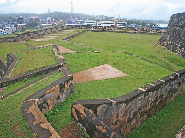 EXPLORE Galle Fort
