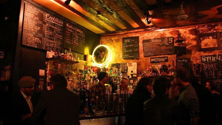 Best cheap bars in Paris