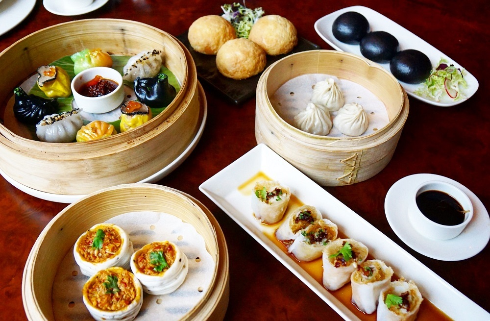 Chowing down on late-night dim sum