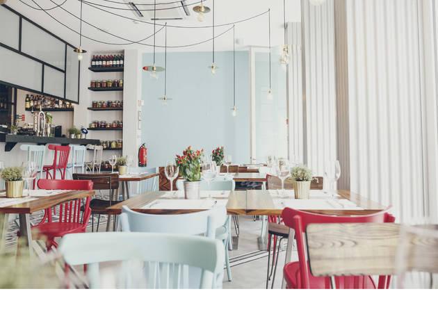 Restaurante Muito Bey dia (Fotografia: Arlindo Camacho)