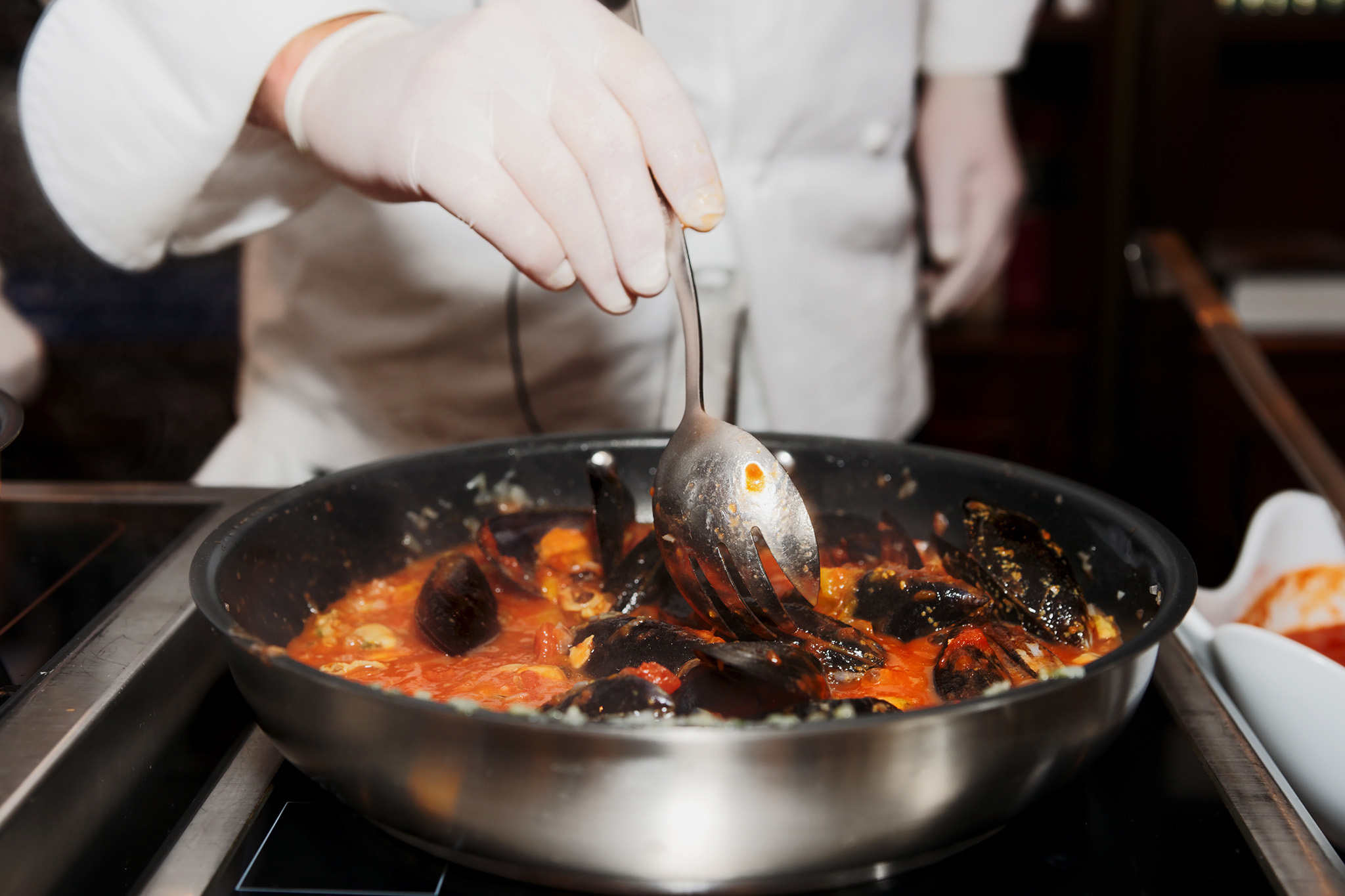 How to quit your dependence on Seamless with NYC cooking classes