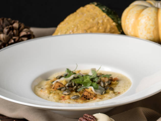 Café Gray Deluxe: Pumpkin-barley risotto
