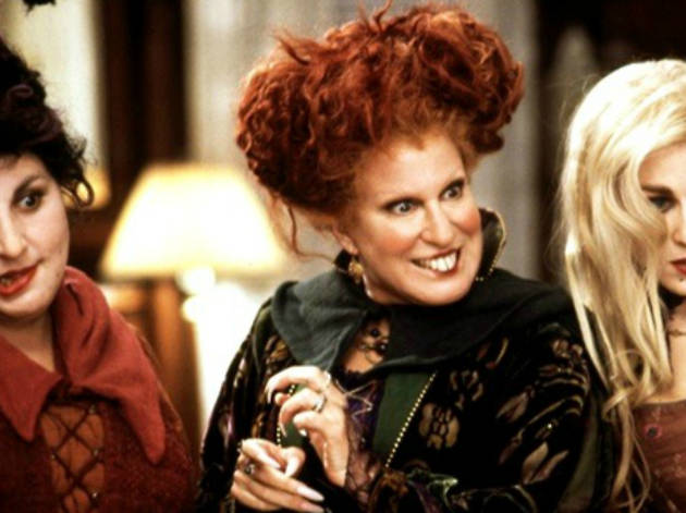 Bette Midler dressed up as Winifred from 'Hocus Pocus' for Halloween