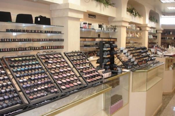 Naimie's Beauty Center