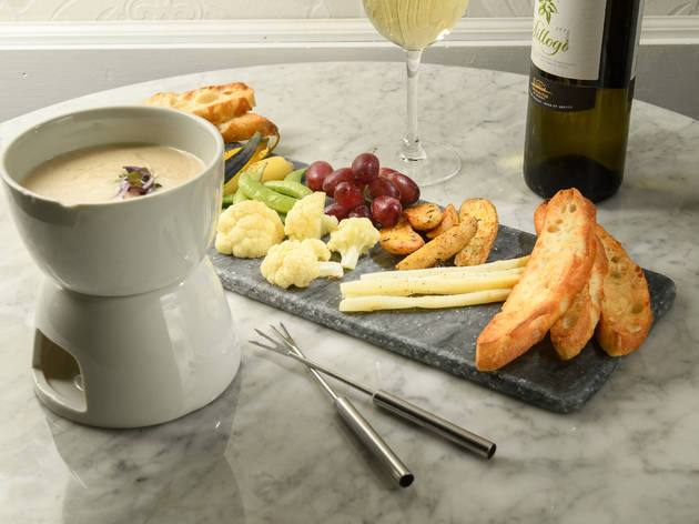 Best fondue in NYC, at cheese shops and restaurants