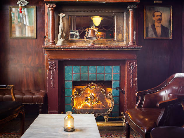 L.A.'s best fireplace bars