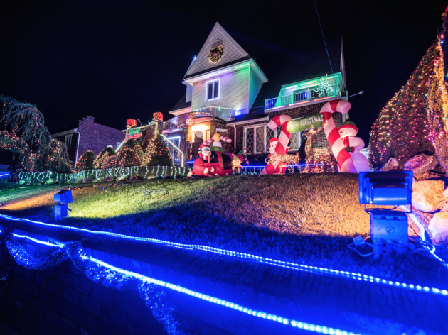 Get your tickets for the dyker heights christmas lights tour