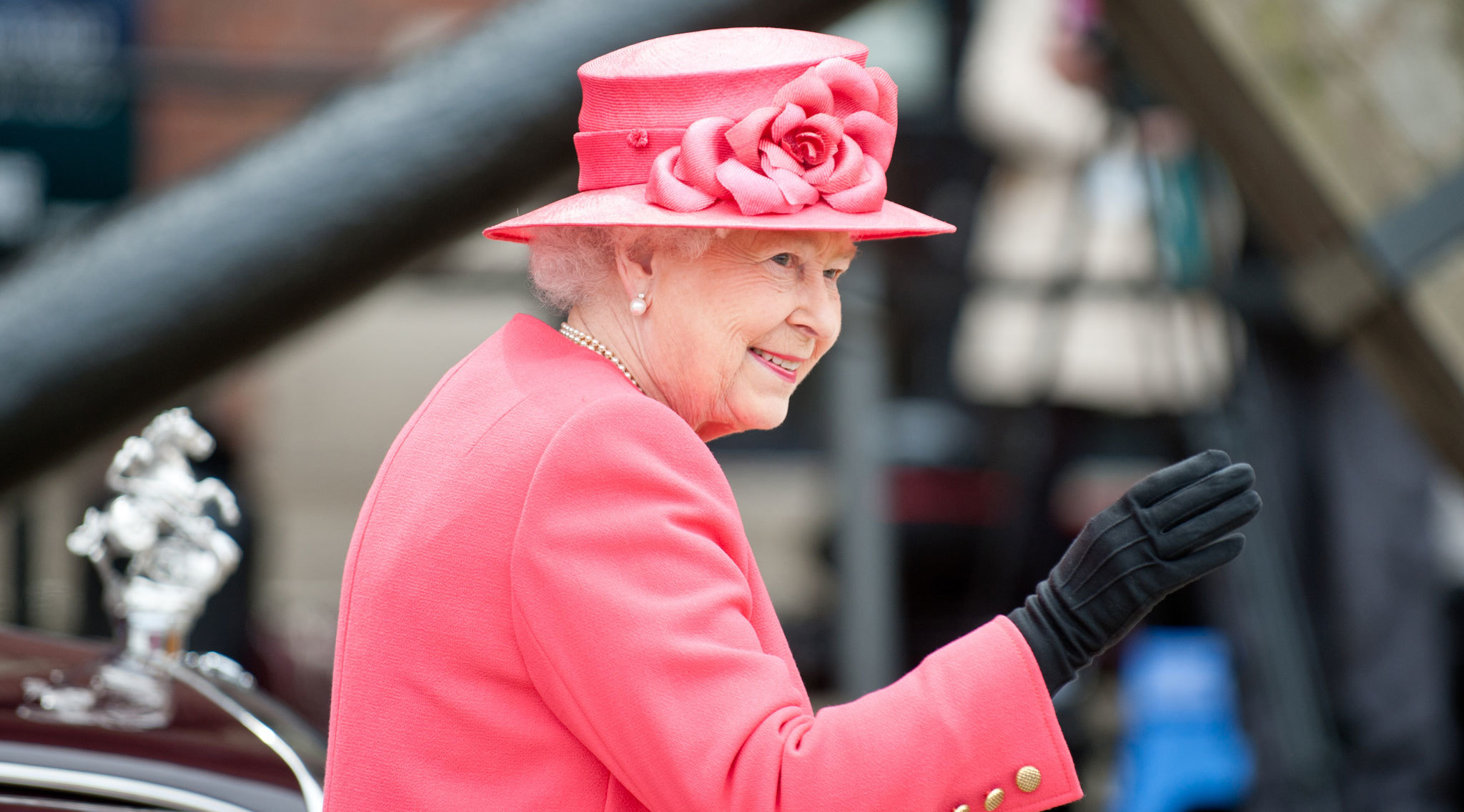 This year's London Marathon will be officially started by The Queen
