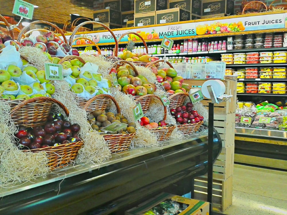 Williamsburg: Brooklyn Harvest Market