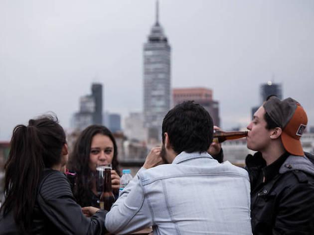 Fiesta electrónica en terraza