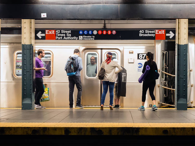 Google Maps can now tell you how crowded subway cars are