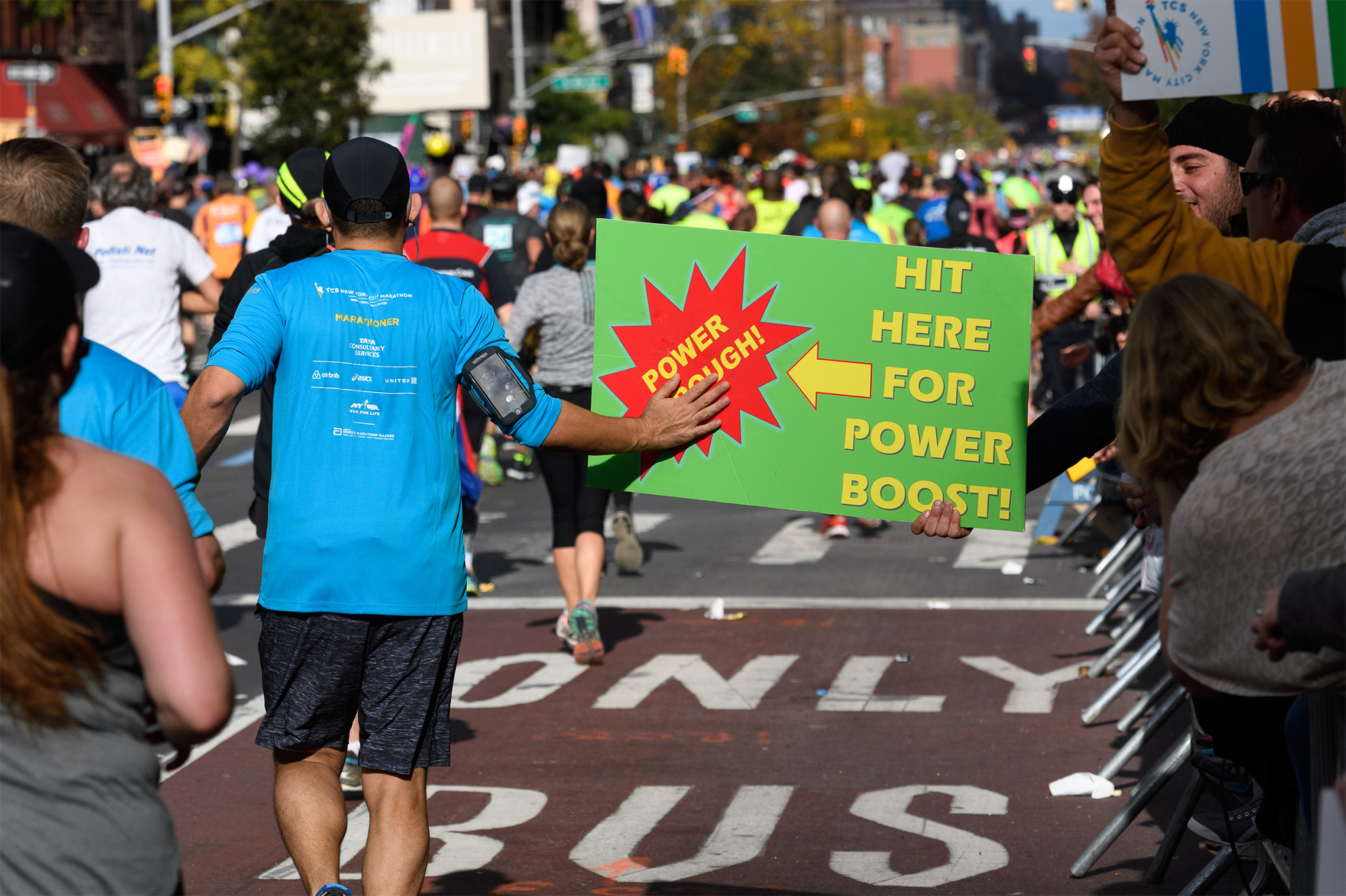 33 funny marathon signs from the 2016 NYC Marathon