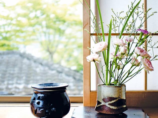 Japanese Flower Arrangement by Sogetsu School