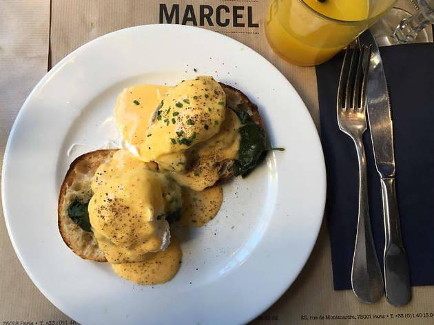 Marcel Brunch Eggs Benedict (© Constance Wong)