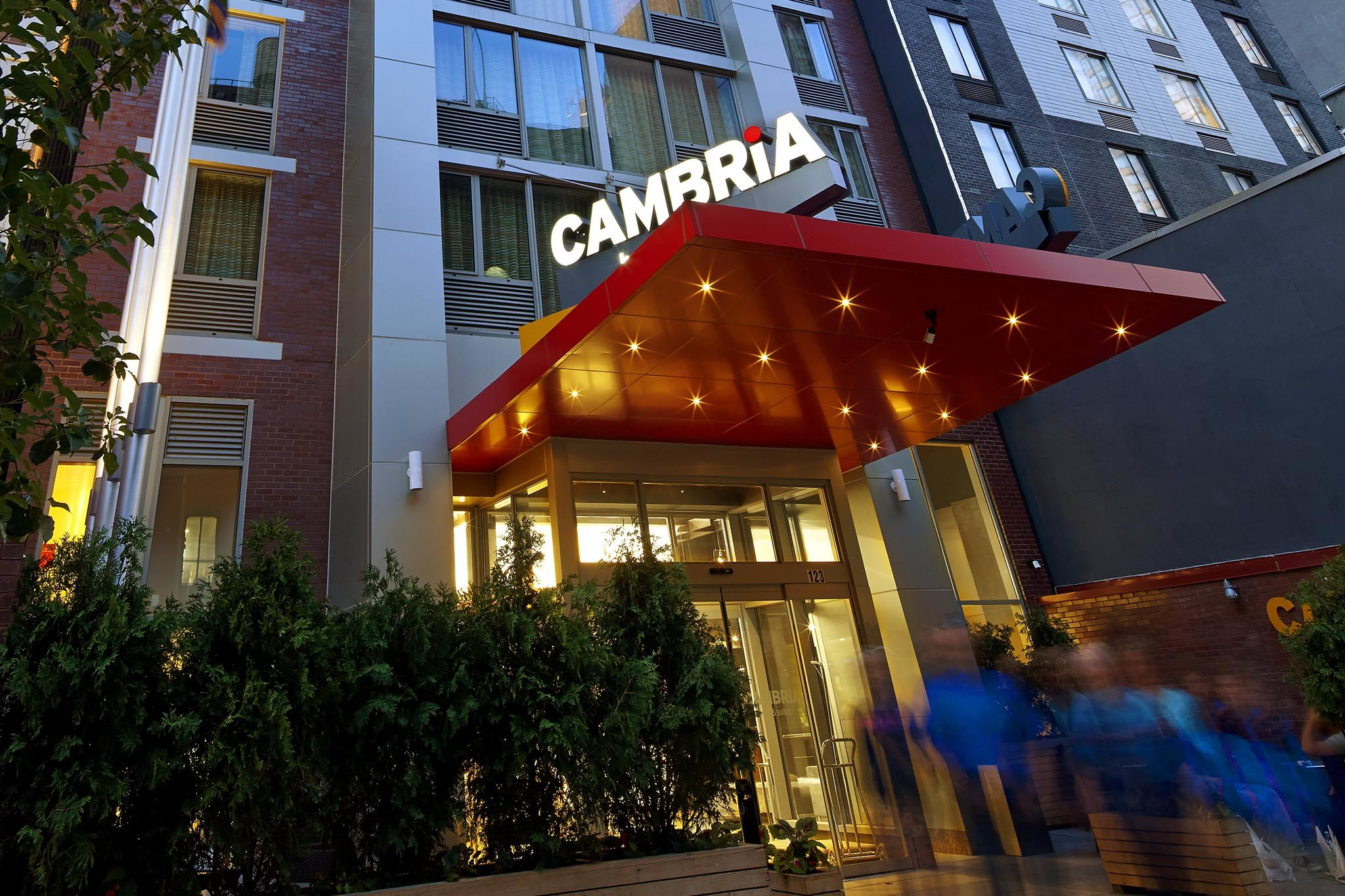 Cambria Hotel & Suites New York