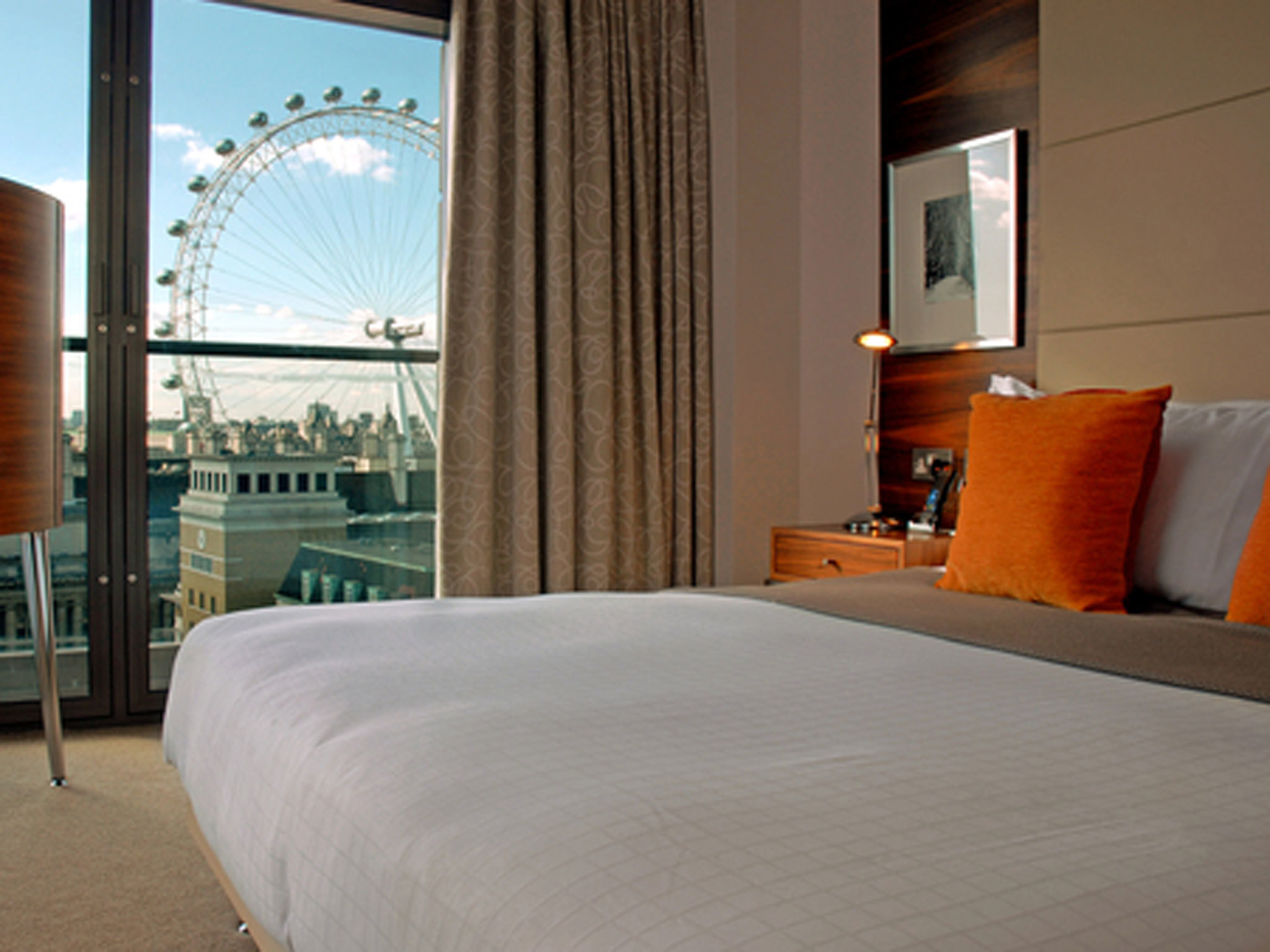 London's best hotels for families, Park Plaza Country Hall