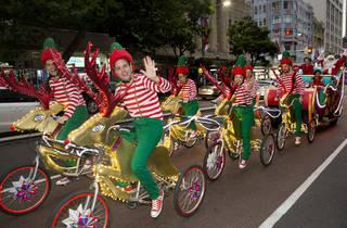 Christmas Sleigh  and Lord Mayor through the CBD 2015