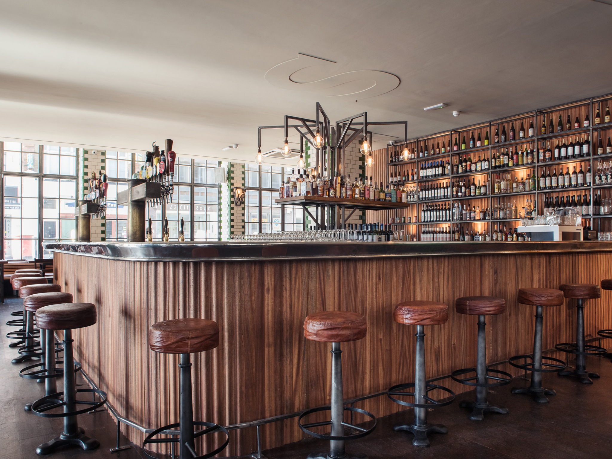 craft beer bars and pubs in london, singer tavern