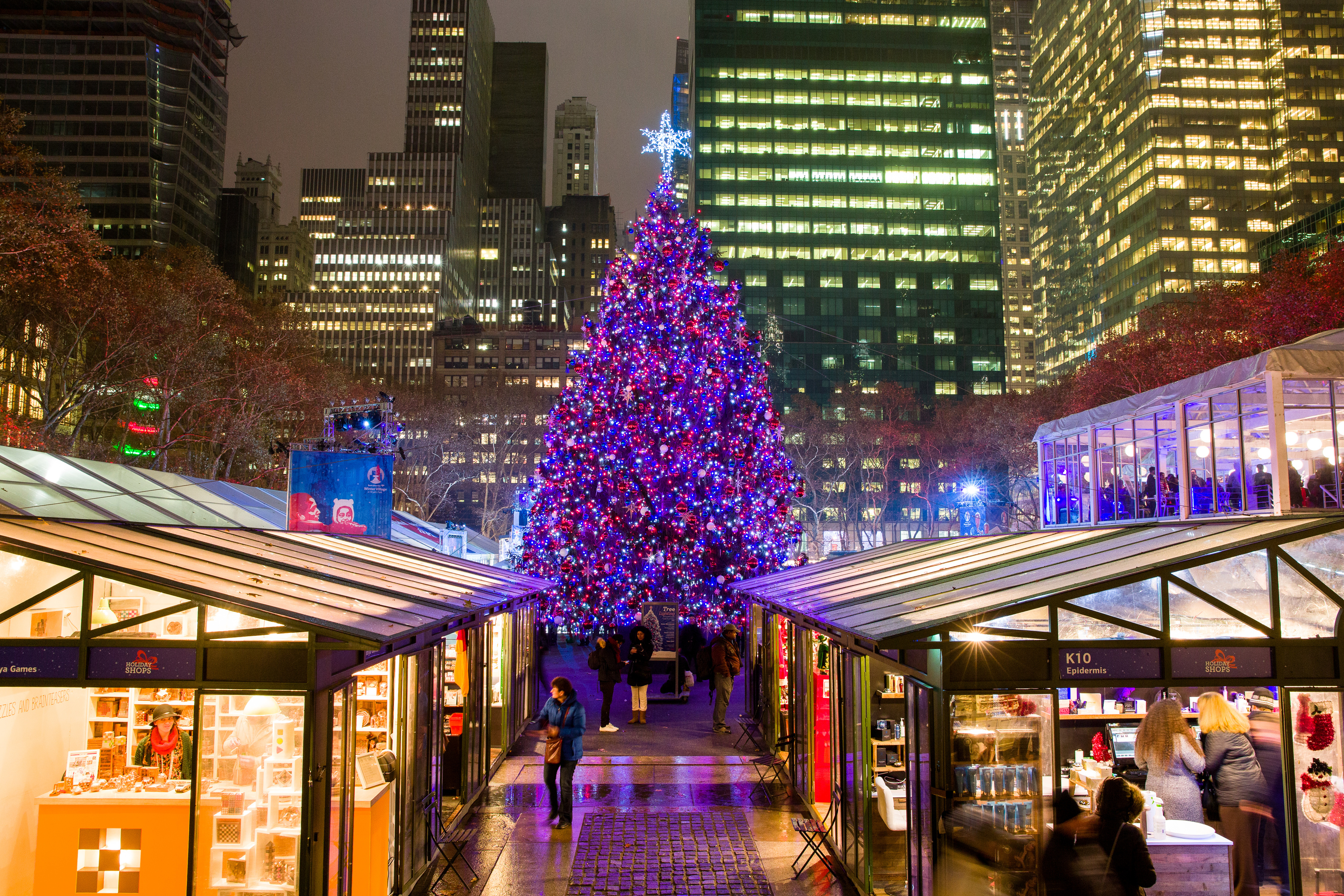 here are the dates for the best tree lighting ceremonies in nyc - Best Christmas Decorations In Nyc
