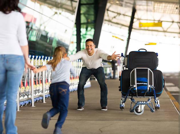 Família a l'aeroport