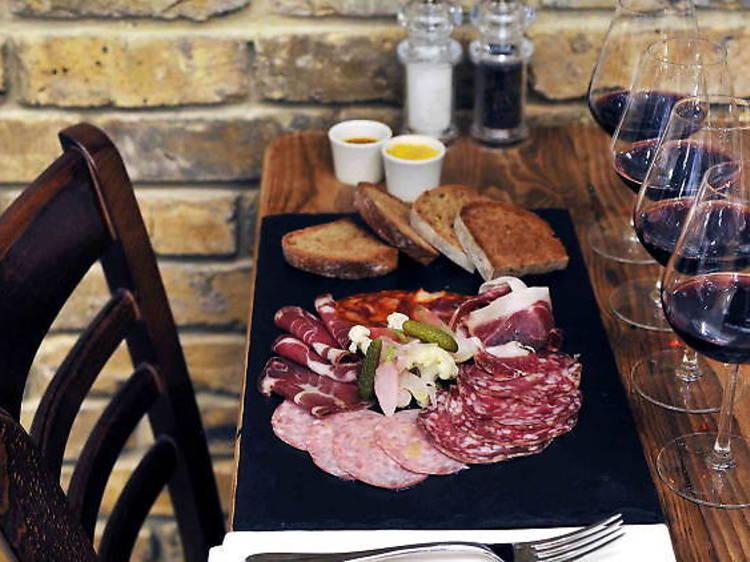 12 cutting-edge wine bars in Paris