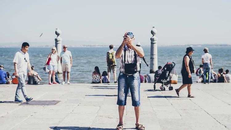 Turista na ribeira das naus