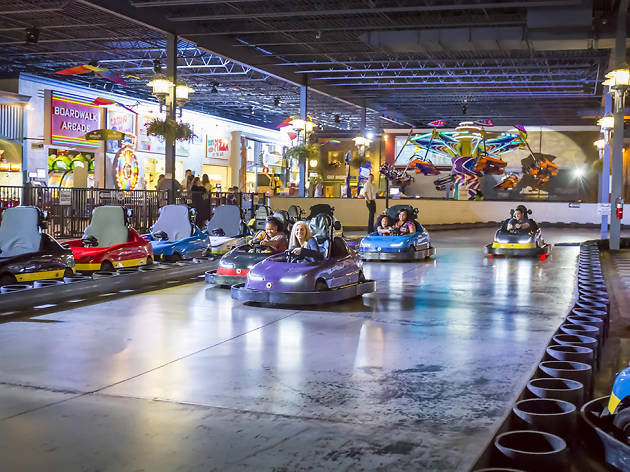 Best Indoor Amusement Parks In America With Roller Coaster
