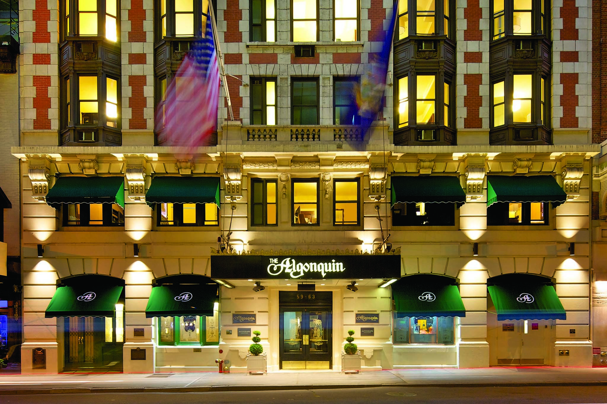 Best hotels near Broadway, NYC for theater, dining, and shopping