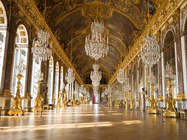 Versailles Treasures from the Palace 2016 National Gallery of Australia The Hall of Mirrors at Palace of Versailles © Jose Ignacio Soto and Shutterstock