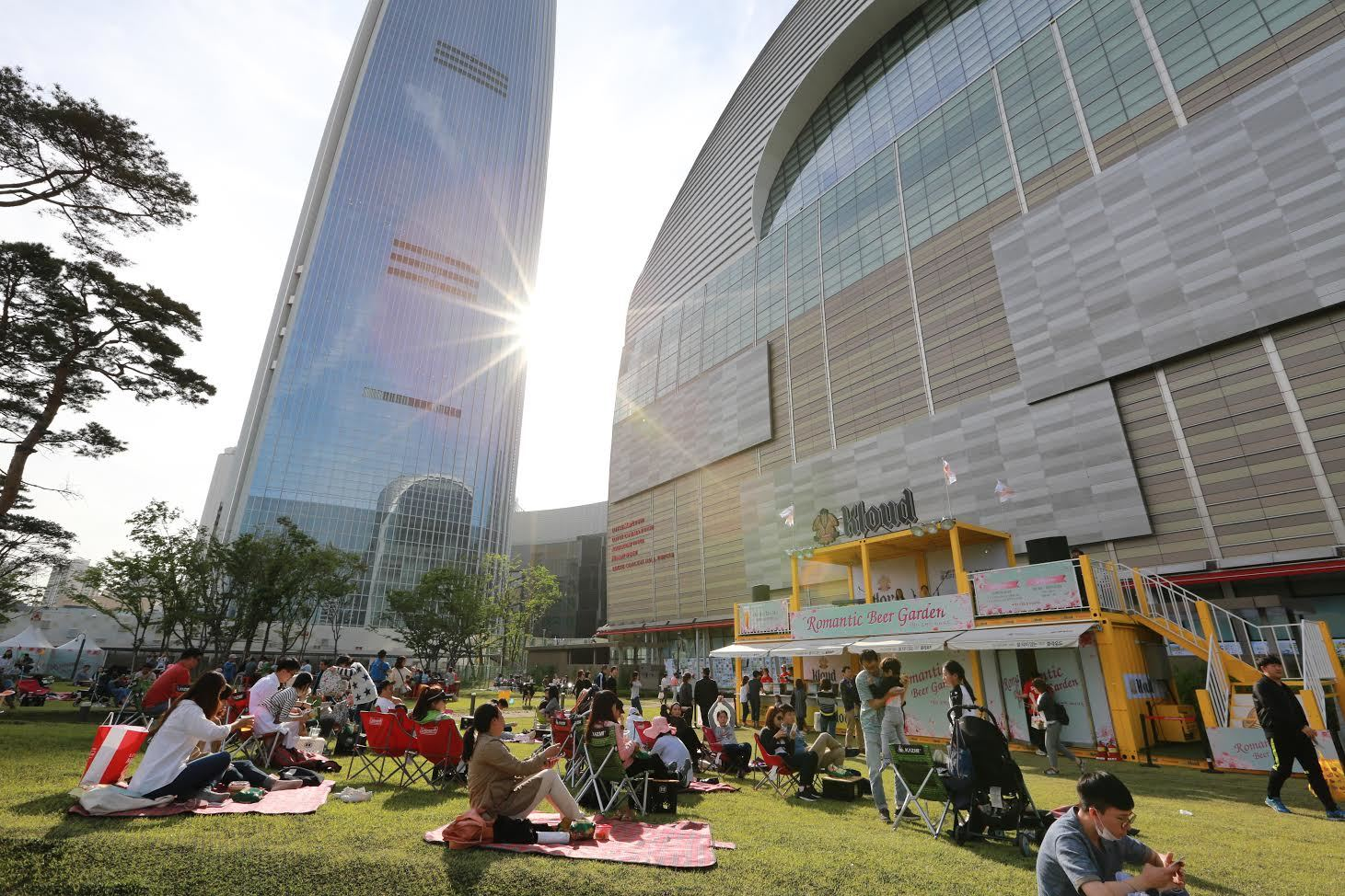 Already a landmark, Lotte World Mall