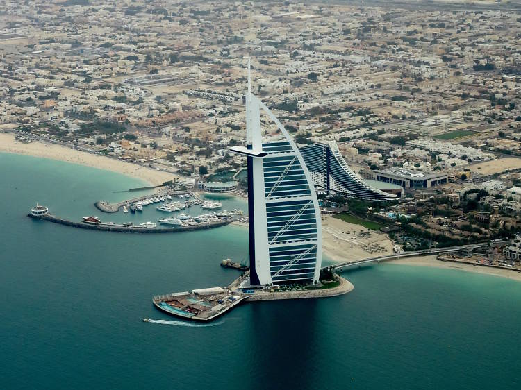 Dubai, 37.6 points