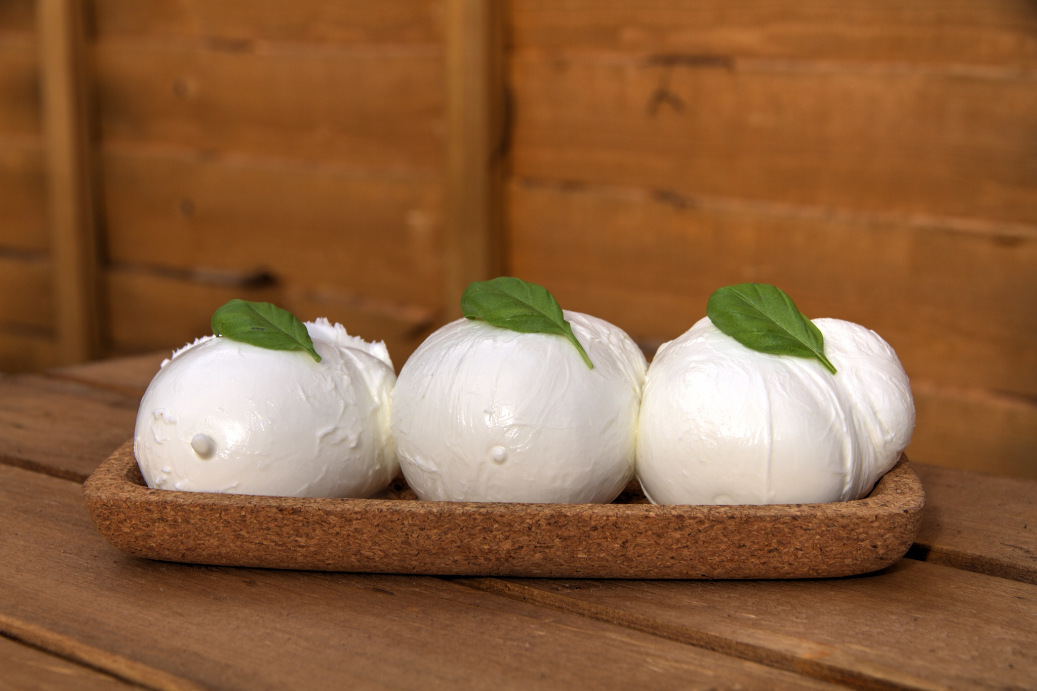 Taste the best mozzarella on a food tour of Arthur Avenue
