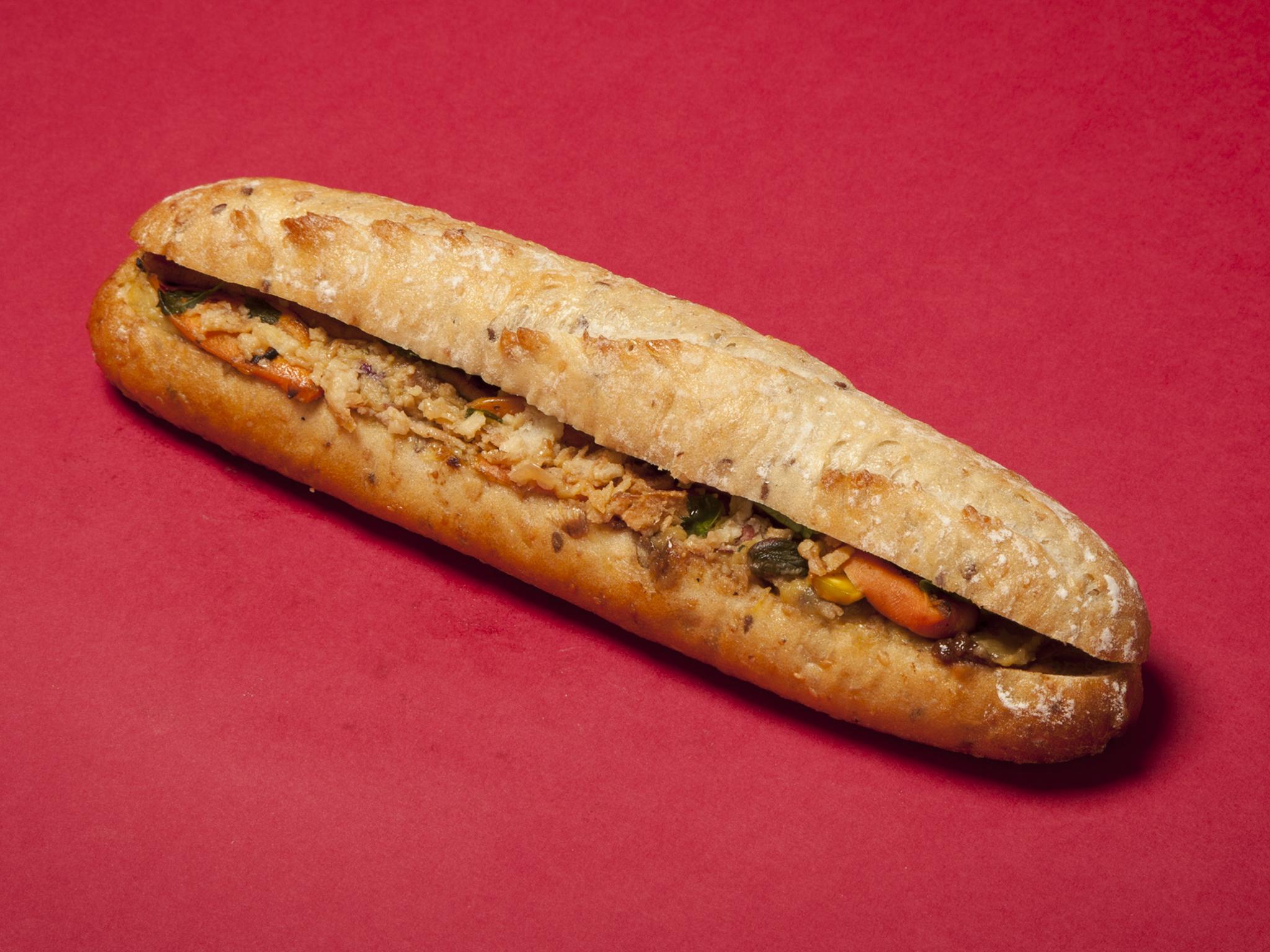 Pret: Very Merry Xmas Lunch Baguette (vegan)