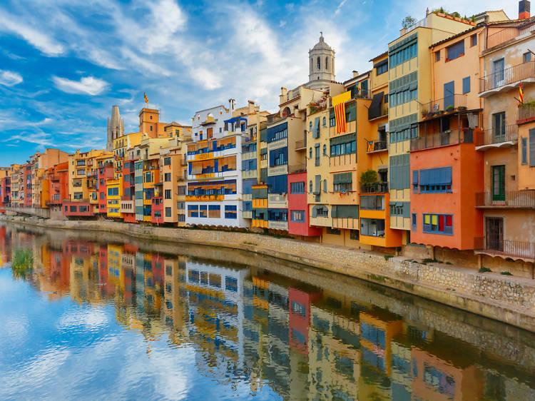 Hem passat de la Girona gris a una Girona multicultural en un temps rècord